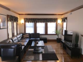 Luxury 4bd Apt-Prime Boston JP location - Boston vacation rentals
