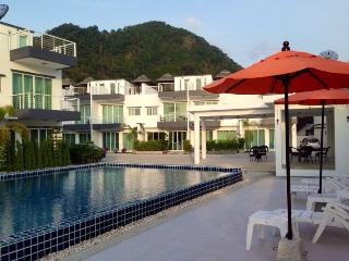 Kamala Beach  800m, 2 bedrooms Townhouse 3 fl - Kamala vacation rentals