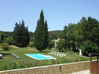 Nice Bed and Breakfast with Internet Access and Shared Outdoor Pool - Saint Chamas vacation rentals