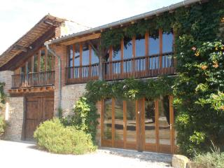 Traditional french farmhouse/Gite - Le Mas-d'Azil vacation rentals