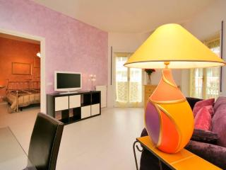 Cozy flat 1br in Trastevere - Rome vacation rentals