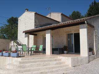 Nice B&B with Internet Access and Linens Provided - Saint Chamas vacation rentals