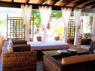 CASERTA RESIDENCE - Ustica vacation rentals