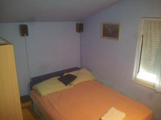 Private Room in a House in Kaštel Lukšić - Kastel Luksic vacation rentals