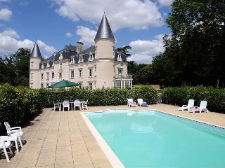 Spacious Chateau with Internet Access and Satellite Or Cable TV - Saint-Philbert-en-Mauges vacation rentals