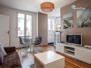 Apartment/Flat in Issy-les-Moulineaux, at Stéphanie's place - Issy-les-Moulineaux vacation rentals