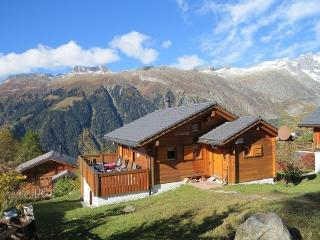 Bright 4 bedroom Chalet in Bellwald with Deck - Bellwald vacation rentals