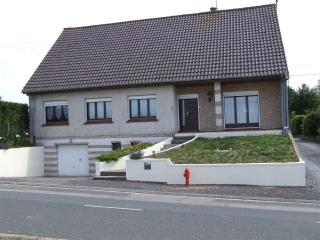 Bright 4 bedroom Arras House with Internet Access - Arras vacation rentals
