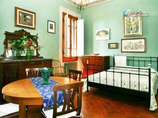 Apartment/Flat in Impruneta, at Perla's place - Impruneta vacation rentals