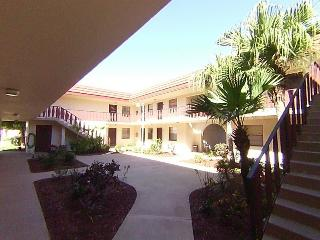 VERSAILLES - FLORIDA LUXURY ONE BEDROOM CONDO - Rotonda West vacation rentals