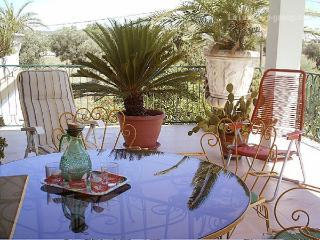 Villa composta da un appartamento al primo piano. - Parabita vacation rentals