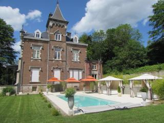 Bright 4 bedroom Stavelot Castle with Internet Access - Stavelot vacation rentals
