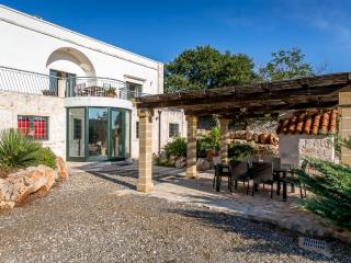6 bedroom Villa with A/C in Gallipoli - Gallipoli vacation rentals