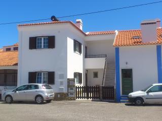 Casas da Joaninha - Tojeira - Magoito beach - Magoito vacation rentals
