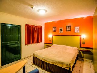 Perle d'Or - 2person Double Room - Noord vacation rentals