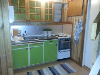 Nice B&B with Internet Access and Towels Provided - Glava vacation rentals
