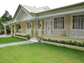 5-Bedroom Home near SM City Mall and Downtown - Davao vacation rentals