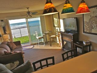 Anchor Management - Walk out onto the Beach! - Lincoln City vacation rentals