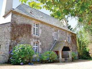 Stunning 17th Century French Manoir - Morlaix vacation rentals
