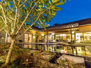 Villa Benidorme 5 bedroom in Chalong - Chalong Bay vacation rentals