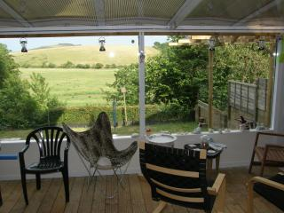 Lovely Apartment with country view, garden and spa - Brading vacation rentals