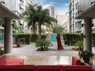LUXURY MET LOFTS 1BR SUITES DOWNTOWN LA 4 - Los Angeles vacation rentals