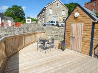 COSY COTTAGE, pet-friendly cottage, off road parking, open plan living, romantic cottage near Saint Clears, Ref. 927358 - Saint Clears vacation rentals