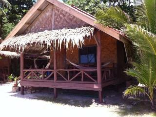 Basic Wooden Bungalow on the beach - 1 - Koh Phangan vacation rentals