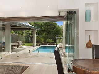 Gorgeous Byron Bay vacation House with Deck - Byron Bay vacation rentals