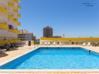 Kainita Red Apartament, Portimão, Algarve - Portimão vacation rentals