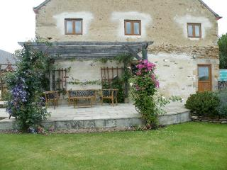Beautiful 2 bedroom Nohant-en-Goût Gite with Internet Access - Nohant-en-Goût vacation rentals