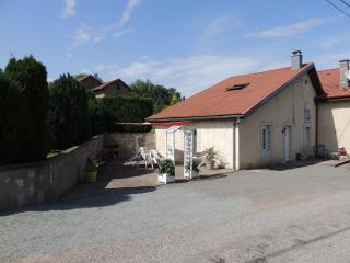 Cozy 2 bedroom Gite in Lure with Internet Access - Lure vacation rentals