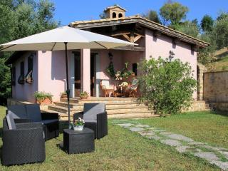Villa del Poggio in Sabina with pool near Rome - Poggio Mirteto vacation rentals