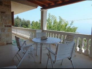 Seaside secluded villa for 4-10 people - Moraitika vacation rentals