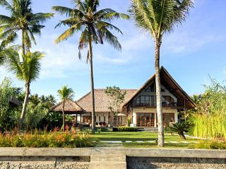 Beachvilla Sungai Raja - 5 stars - Pemuteran vacation rentals