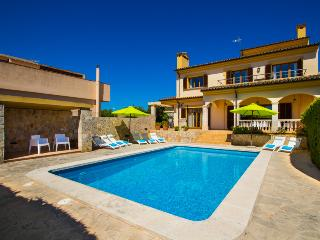 Amazing Villa in Cala Millor for 8 or 10 people - Cala Millor vacation rentals