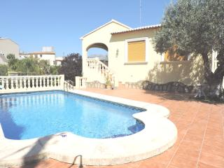 Beautiful Villa with Internet Access and A/C - Orba vacation rentals