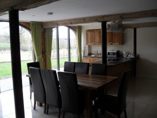 Rats Retreat, Towcester, Northamptonshire. - Towcester vacation rentals