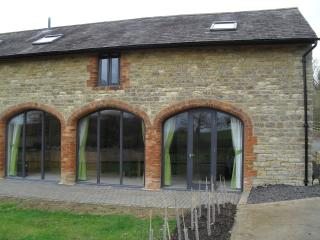 Rats Retreat, Towcester, Northamptonshire. - Towcester vacation rentals