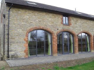 Swallows Swoop, Towcester, Northamptonshire. - Towcester vacation rentals