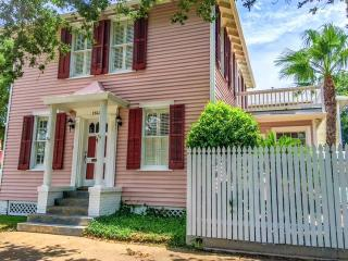 Sea Cottage - Galveston vacation rentals