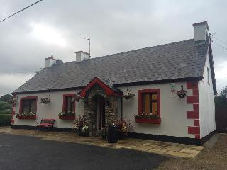 Traditional Irish Cottage - Ballyshannon vacation rentals