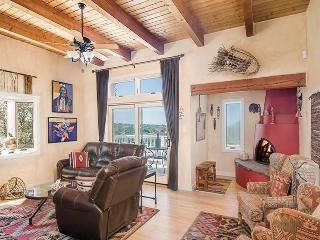 2 bedroom House with Shared Outdoor Pool in Santa Fe - Santa Fe vacation rentals