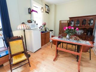 Quiet and Charming studio with Whotel Bed EVillage - New York City vacation rentals