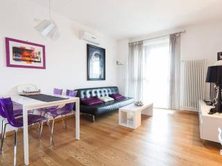 Laura's 1  Br Cute Studio Apt  Rome - Rome vacation rentals