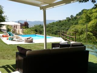 La Quercia d'oro near Frasassi Caves - Fabriano vacation rentals