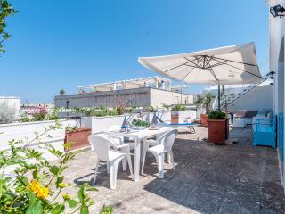 Paradiso Penthouse: Luxury Apt Monopoli Puglia - Monopoli vacation rentals