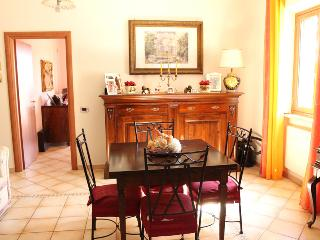 Cozy 3 bedroom Velletri Bed and Breakfast with Internet Access - Velletri vacation rentals