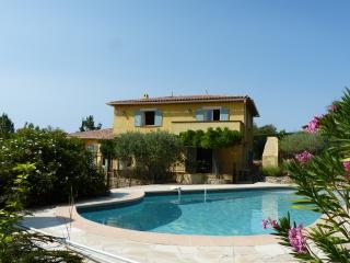 villa Bastide - Tourtour vacation rentals