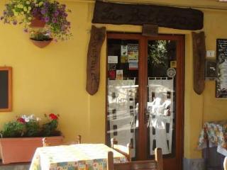 locanda ''la bottega dei gaudenti'' - San Godenzo vacation rentals